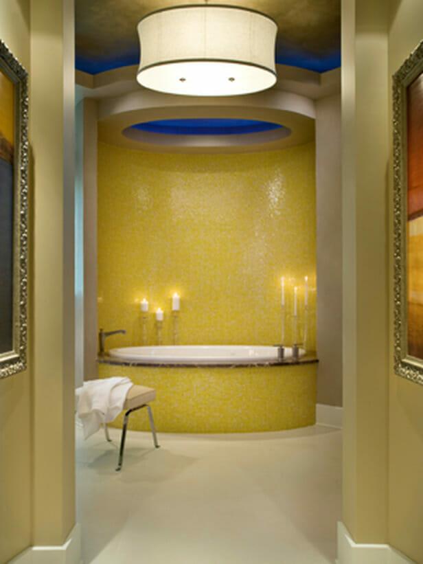 12 Sexy Master Bathrooms