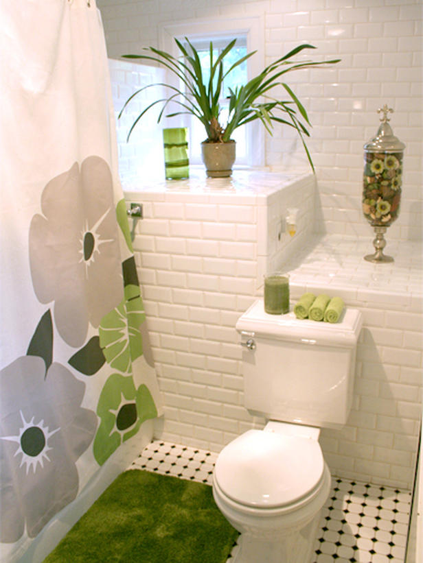 20 Colorful Bathrooms From Rate My Space