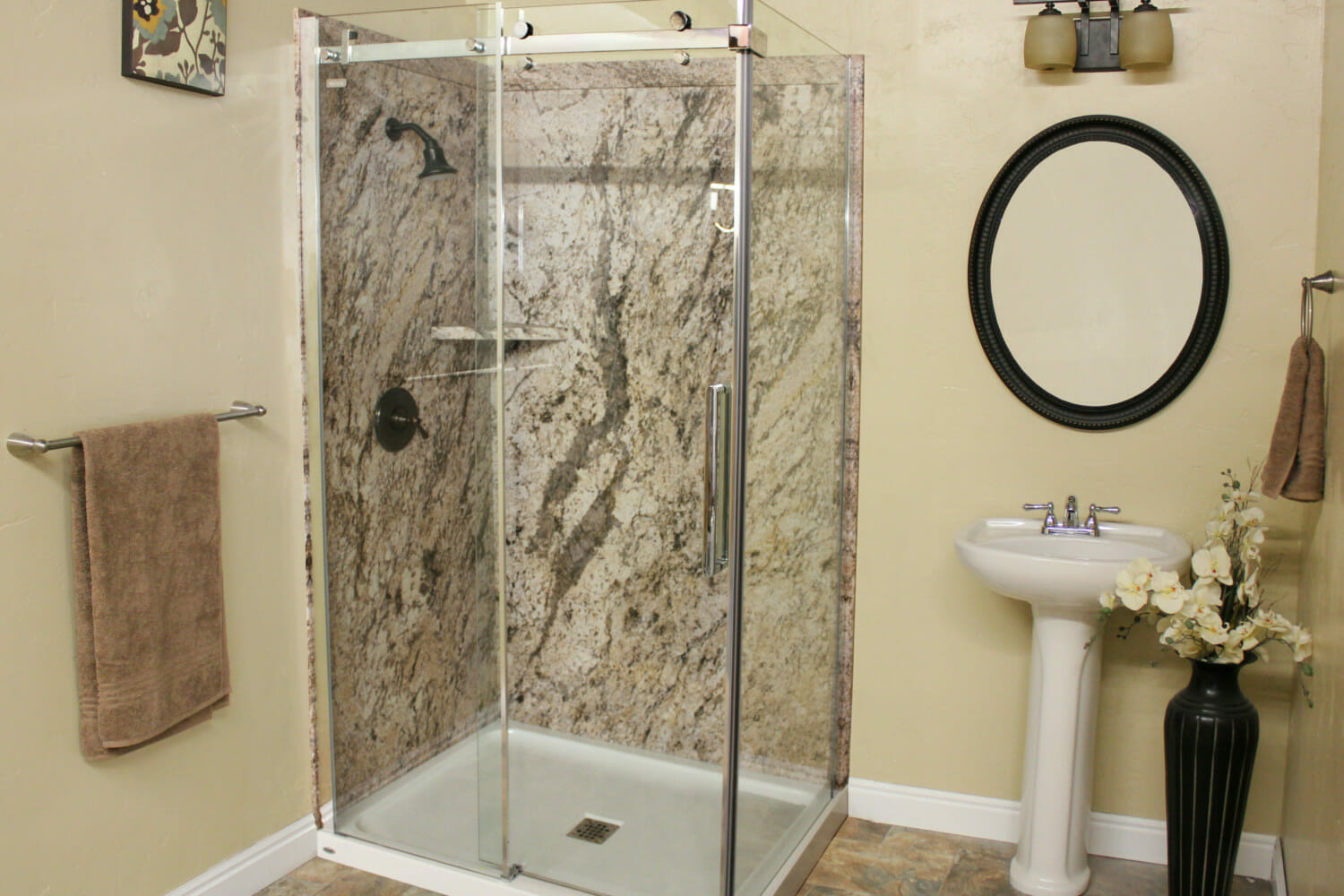 Toronto bathroom renovators bath solutions of toronto for Bath remodel one day